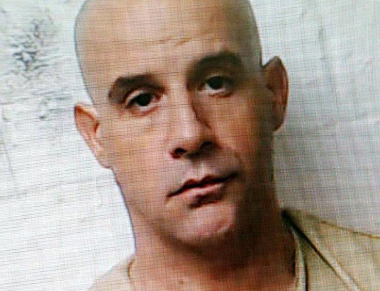 Arrestan en el aeropuerto JFK un dominicano con 25 años prófugo
