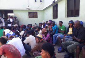 Valverde: Migración deporta 246 extranjeros