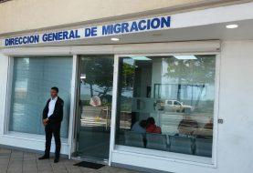 Migración extiende horario emisión certificación salida menores