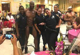 Policías dominicanas serán sancionadas por posar con stripper