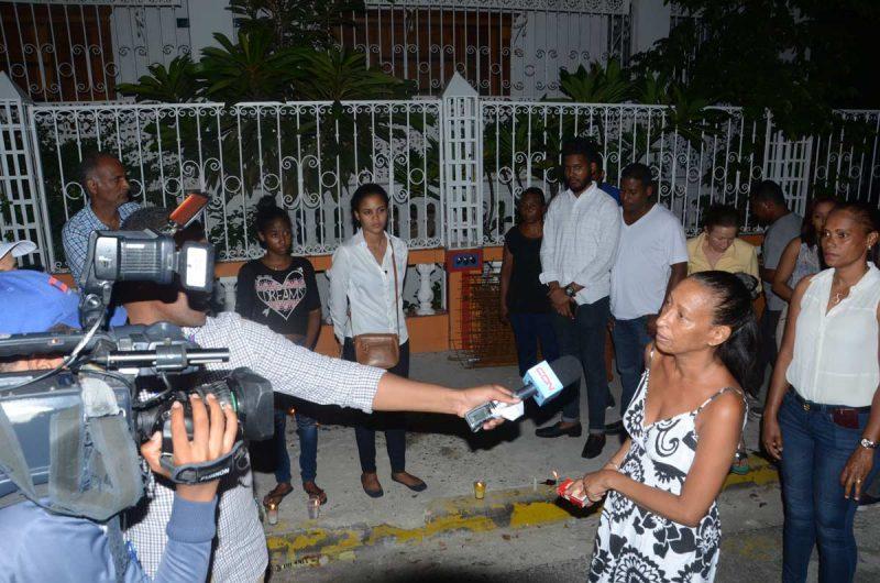 Gascue clama justicia por muerte Johnny Pérez