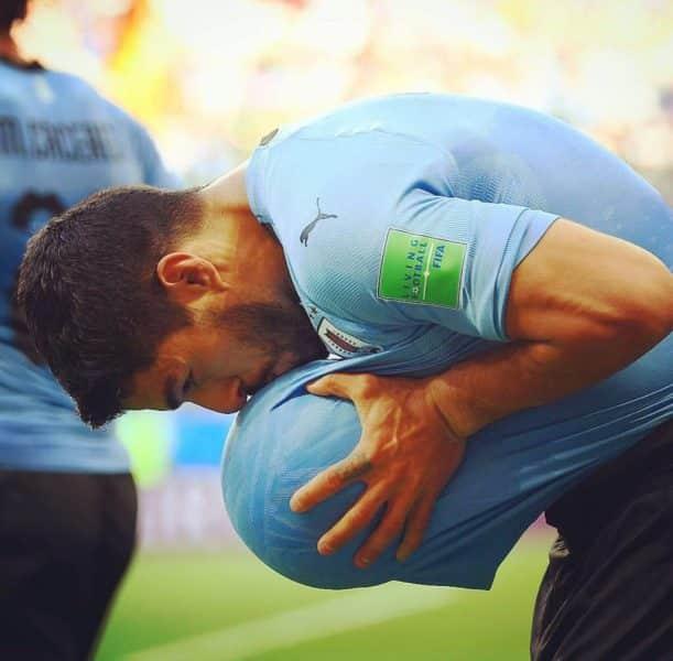 Uruguay avanza octavos de final Mundial de Futbol