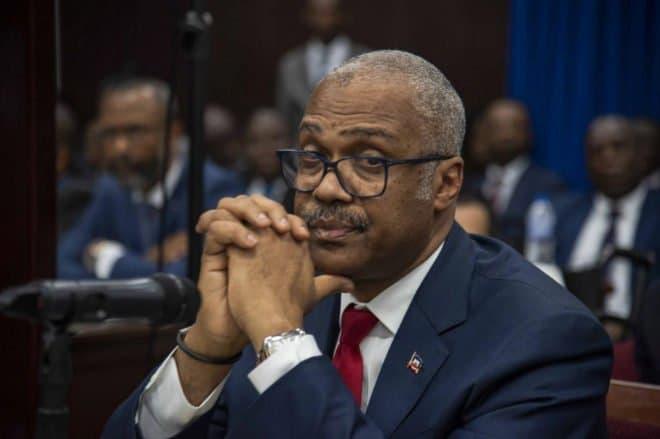 En medio de crisis renuncia primer ministro Haití