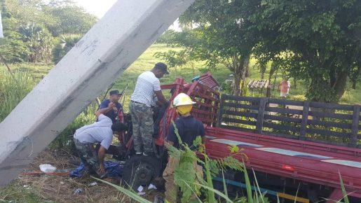 Hombre muere al choca camión próximo a Puñal