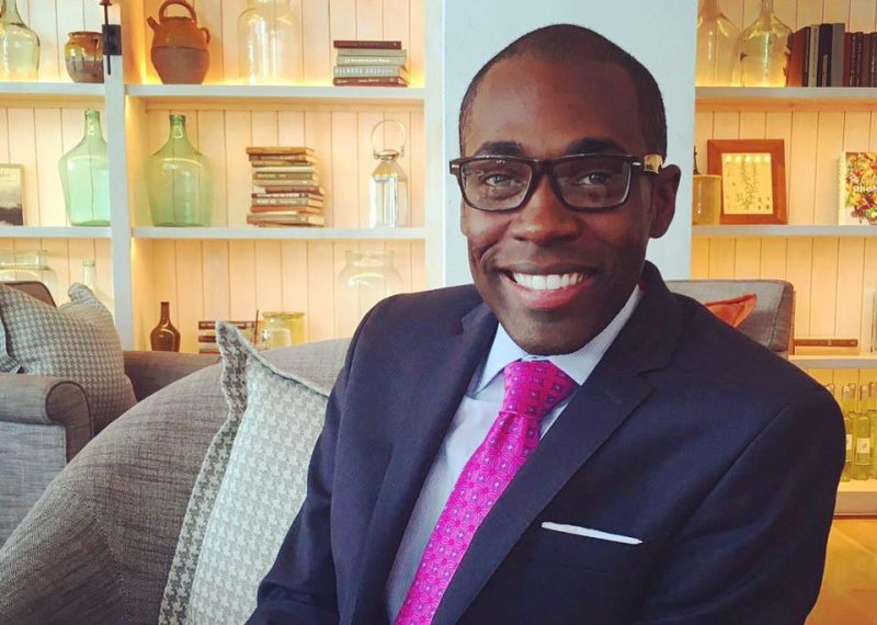 CNN despide a Paris Dennard acusado de abuso sexual