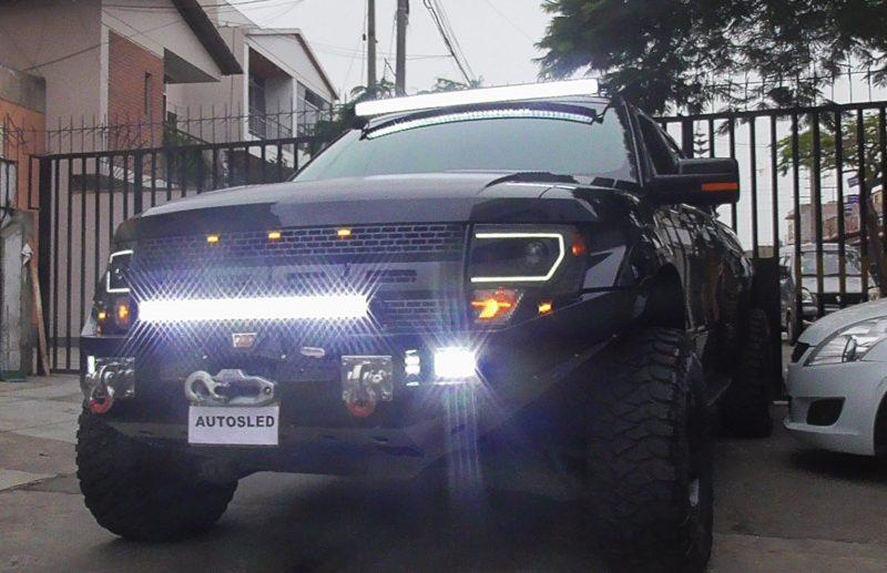 Intrant prohíbe barras LED en vehículos de motor