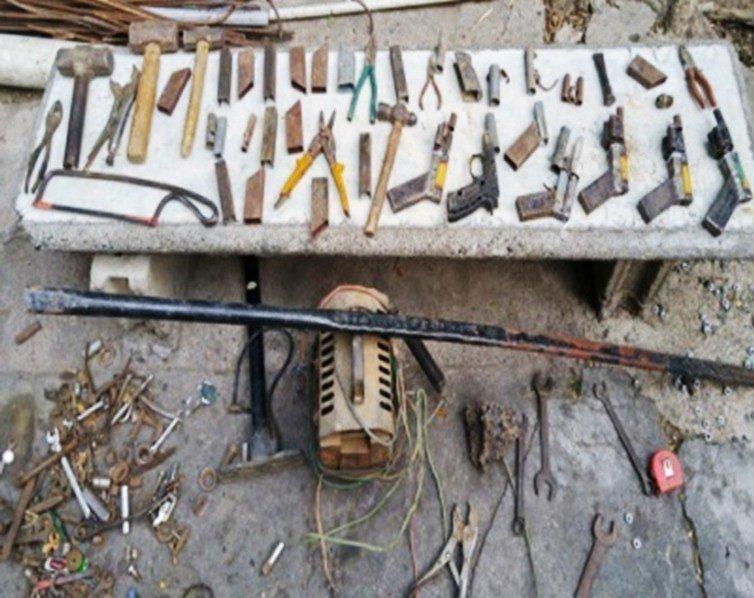 Desmantelan fábrica chagones y apresan haitianos
