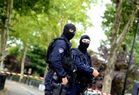 Francia: Hombre mata madre y hermana