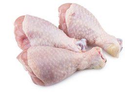 Un muerto y 17 afectados por consumir pollo contaminado