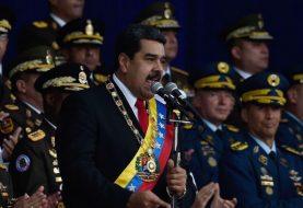 Maduro pide entrega involucrados en atentado