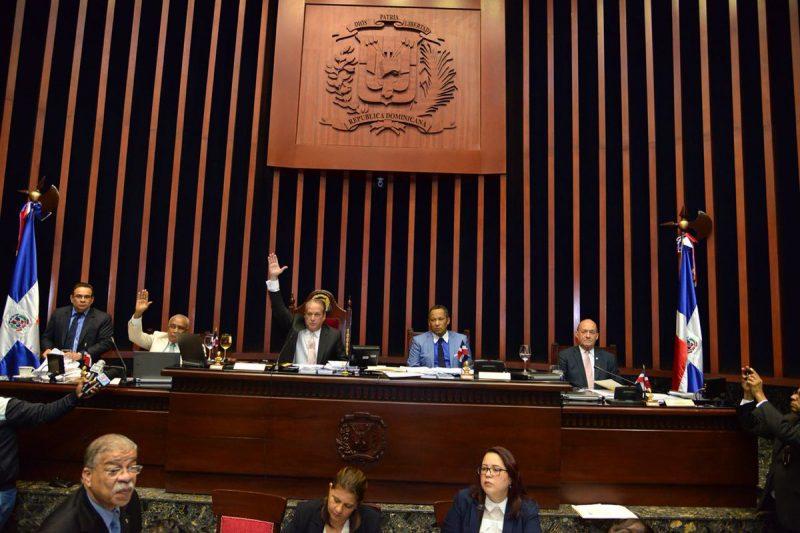 Senado convierte en ley proyecto Partidos Políticos