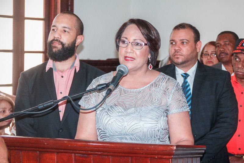 Ana María Domínguez Hernandez asume como gobernadora