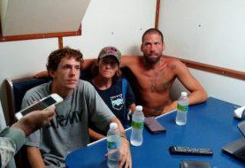 Rescatan estadounidenses en alta mar