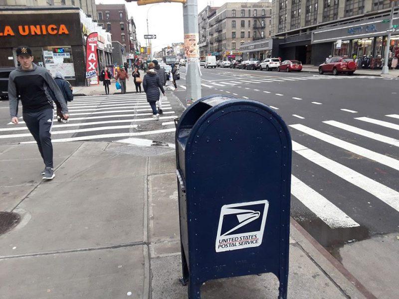 Cinco dominicanos y un boricua acusados de robar  cheques buzones de correos