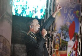 """""""Que baile mi gente""""  memorable concierto de Héctor Acosta en Santiago"""