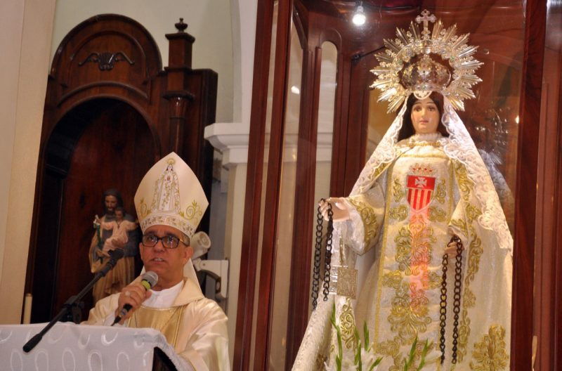 Obispo deplora males afectan nación