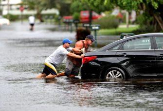 Carfax alerta sobre ventas de vehiculos ahogados