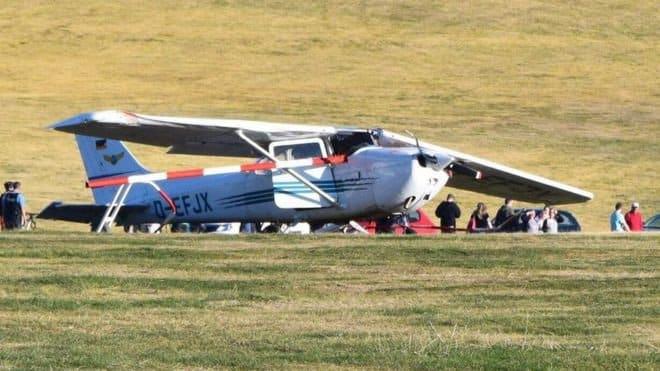 Al menos 3 muertos al caer avioneta en Alemania