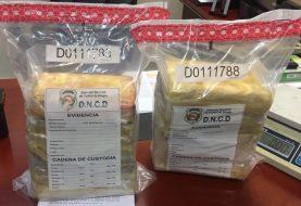 DNCD detiene mujer en el AILA llevaría a Francia cocaína