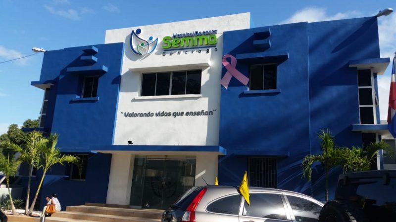 Enfermeras del Semma reclaman aumento salarial