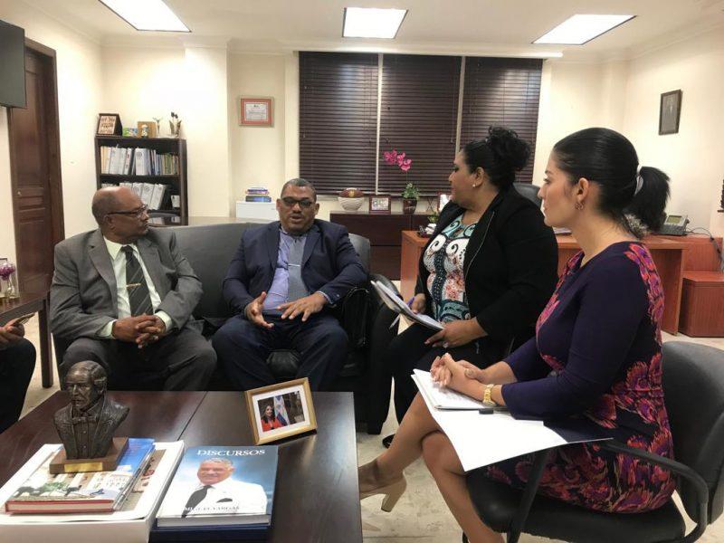 Cancillería avanza gestiones  pescadores RD detenidos en Bahamas