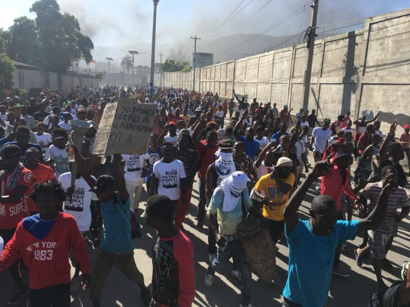 Cientos protestan en Haití por desvío US$3.8 millones Petrocaribe