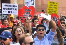 Juez prohíbe al gobierno de EE.UU cancelar TPS