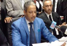 Abogados SFM  salen en defensa jueces caso Emely Peguero
