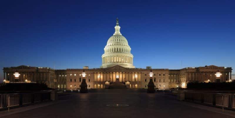 Senado de EEUU aprueba paquete de ayuda
