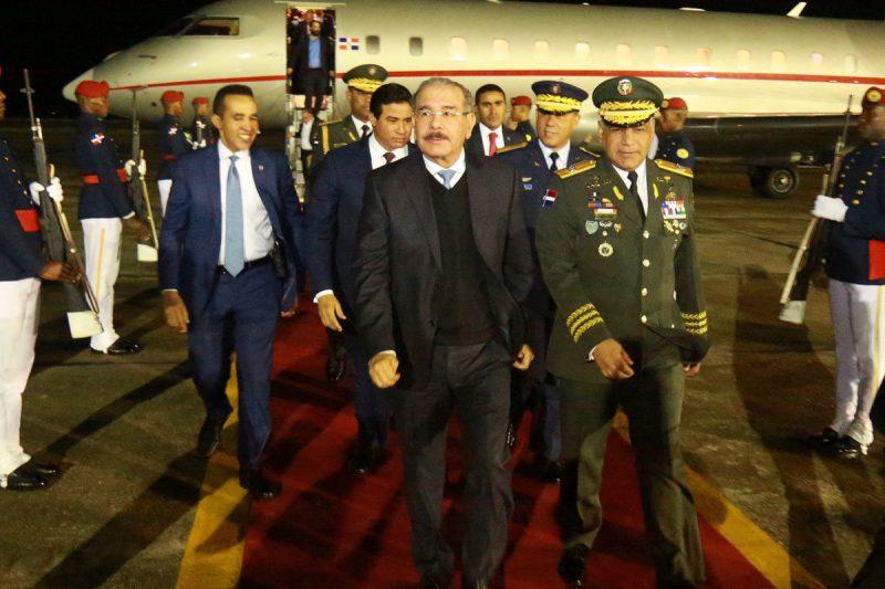 Danilo Medina llegó anoche de China