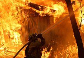 Sigue búsqueda desaparecidos en incendios California
