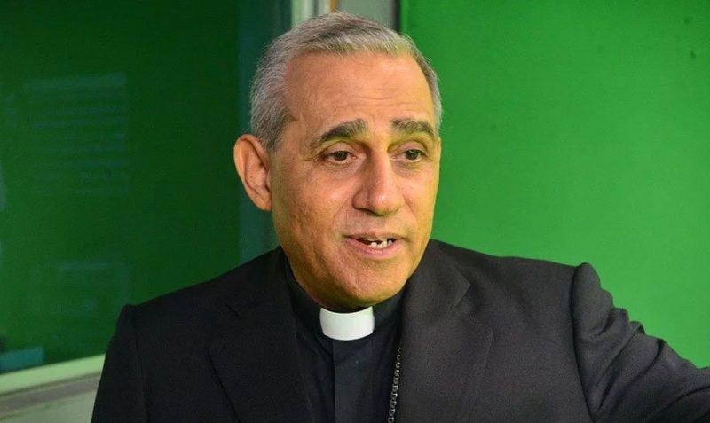 Arzobispo de Santiago preocupado por aumento casos covid-19