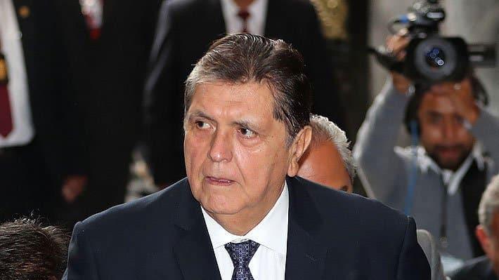 Expresidente Alan García se dispara a la cabeza