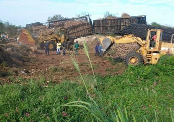 Dos muertos al descarrilarse tren de caña en La Romana
