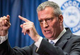 Alcalde NY ordena a policía no arrestar estudiantes por cantidad delitos