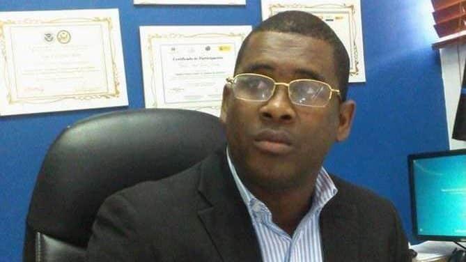 Destituyen fiscal titular Barahona