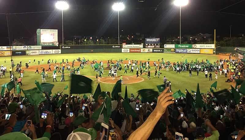 Estrellas Orientales se coronan Campeones tras 51 años