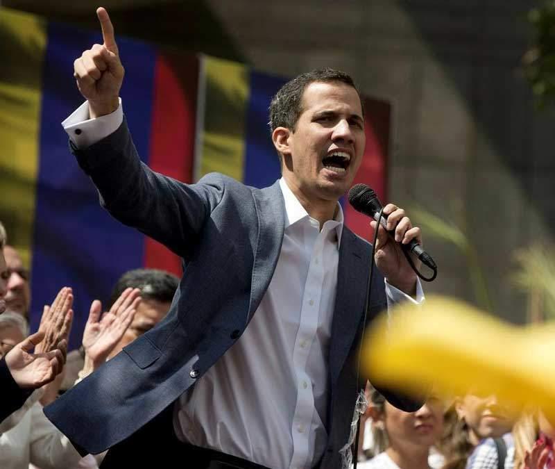 Ordenan quitar inmunidad a Guaidó