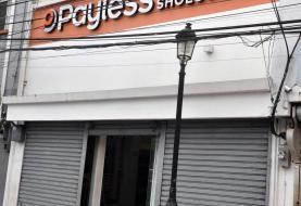 Asaltan exjefe Bomberos y  tienda Payless Santiago