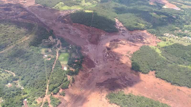 Siete muertos y 150 desaparecidos ruptura de dique minero en Brasil