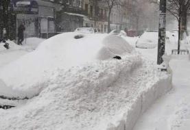 Gobernador Cuomo anuncia hasta 20 pulgadas de nieve para NY