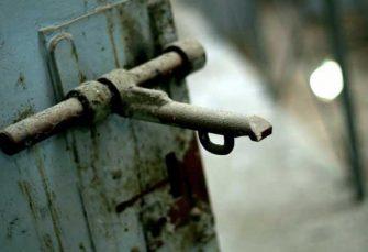 Unos 78 reclusos haitianos escapan de cárcel
