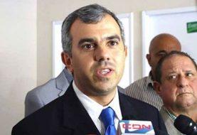 Iván Hernández critica legisladores que no hacen nada por Santiago