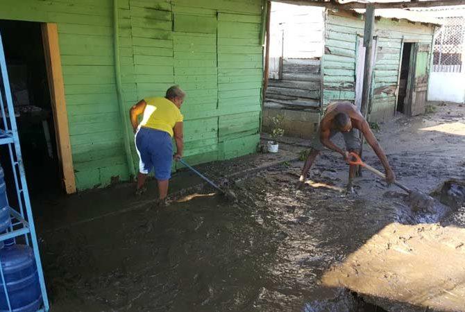 Al menos 80 viviendas resultaron anegadas por lluvias en La Canela