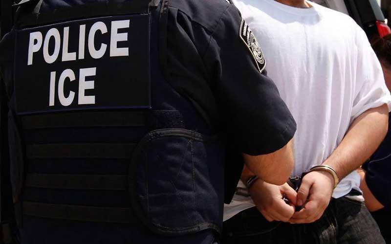 Asignan US$1.6 millones defender inmigrantes enfrenten deportación