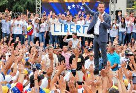 Guaidó advierte a militares venezolanos