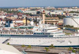 Crucero en isla Santa Lucía en cuarentena por sarampión