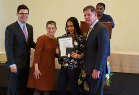 Reconocen estudiante dominicana en Boston