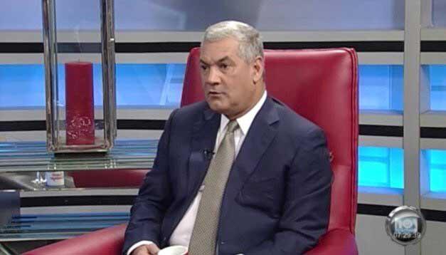 Gonzalo Castillo no descarta moción para habilitar a Danilo