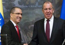 Rusia llama a EEUU a no obstaculizar diálogo en Venezuela